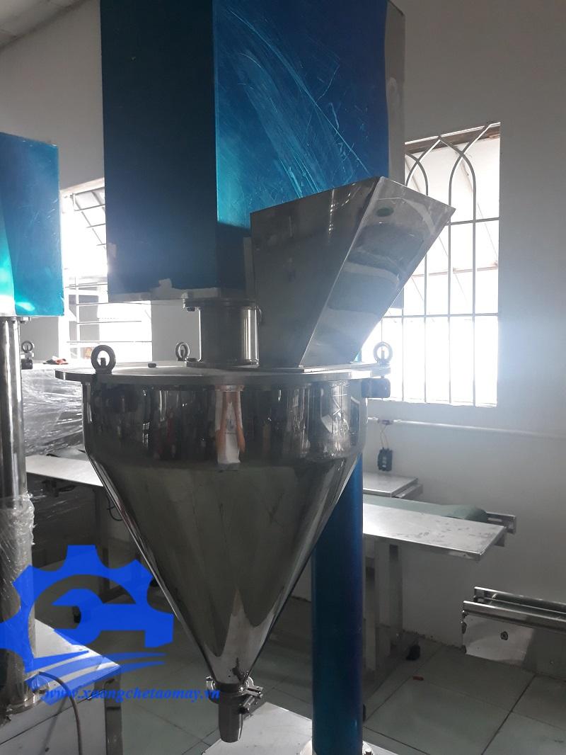Máy chiết bột định lượng trục vít
